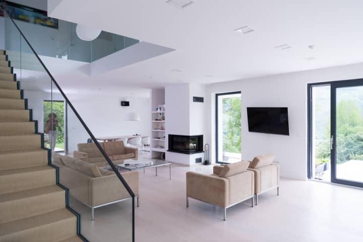 eladó luxus házak